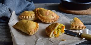 Mini Cornish Pasties (V)
