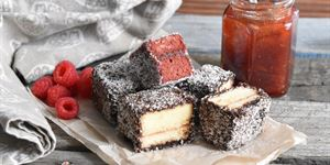 Lamingtons (G, D)